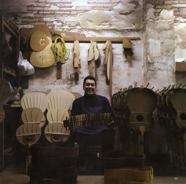 https://www.guitarrasquiles.com/images/Artesanos/img003.jpg