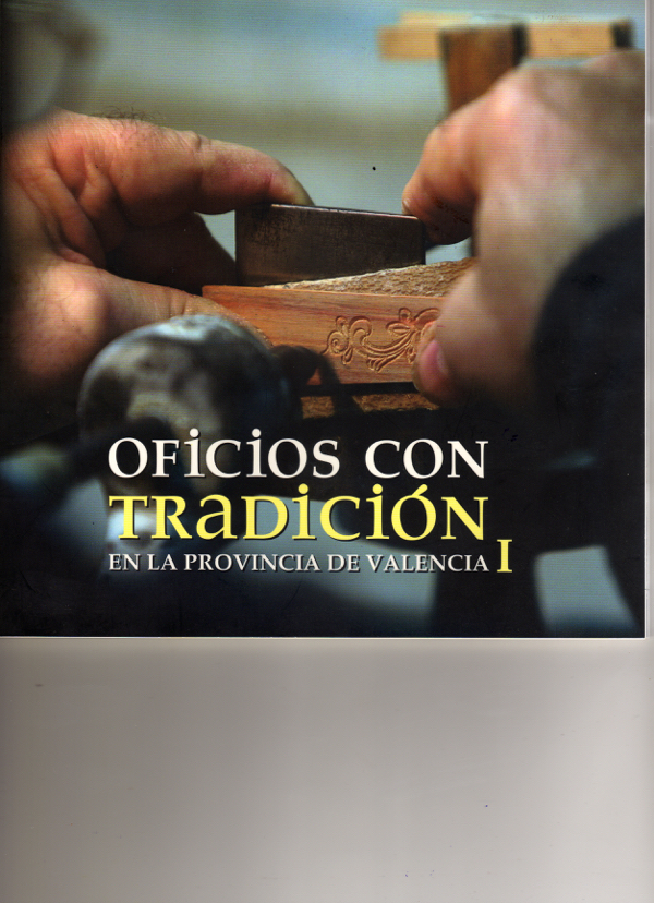 https://www.guitarrasquiles.com/images/Artesanos/img008.jpg