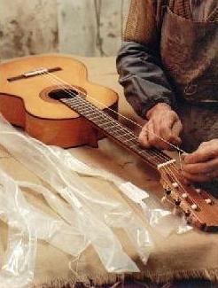 https://www.guitarrasquiles.com/images/Produccion/ai1.jpg